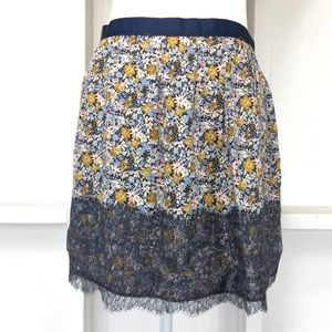 Solemio Floral and Lace Flirty Skirt L